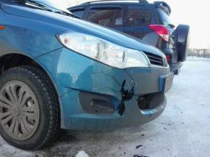 Трещины, дефекты этих элементов портят вид автомобиля