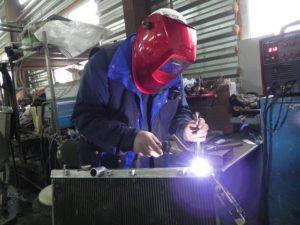 Аргонодуговая сварка автомобильного радиатора