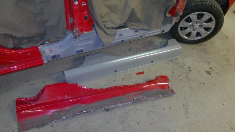 Сварку порогов автомобиля удобней производить после снятия