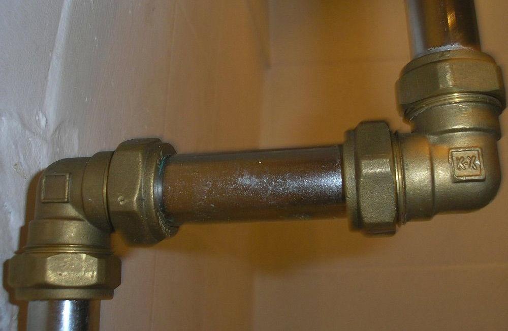 Соединение труб без сварки и резьбы