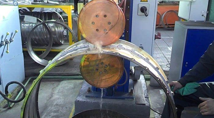 Машины шовной сварки выпускаются различных модификаций