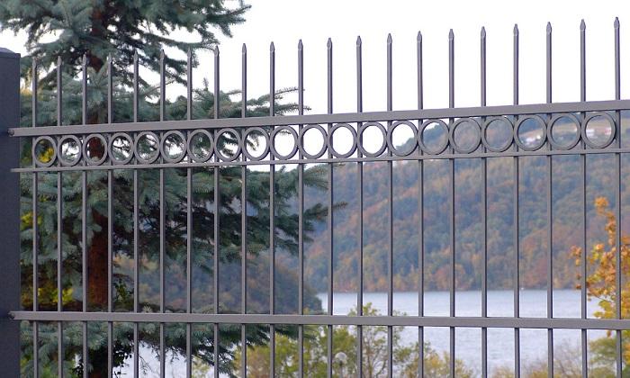 Сварной решетчатый забор