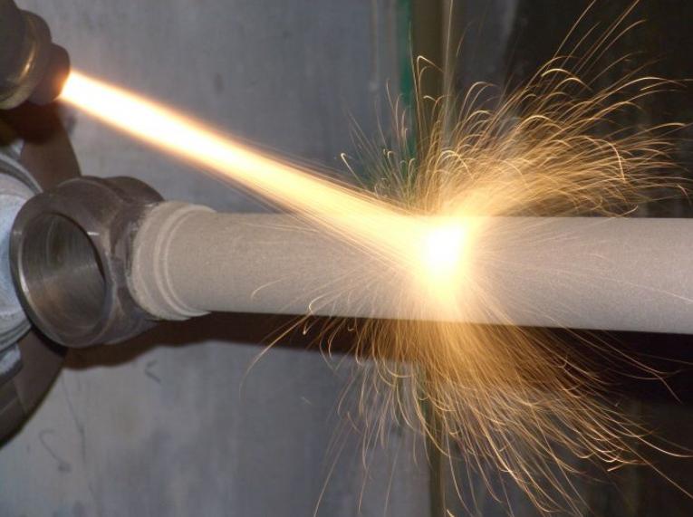 Плазменное напыление металлов часто применяется для восстановления изношенных стальных деталей