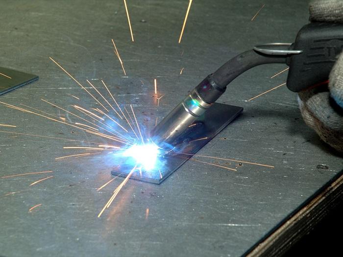 Электрогазосварщик должен знать свойства металлов и понимать процессы во время проведения сварки